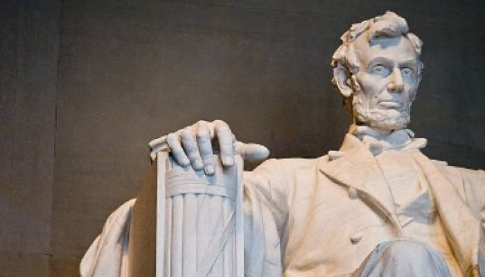The statesman of US Abraham Lincoln and abraham lincoln quotes