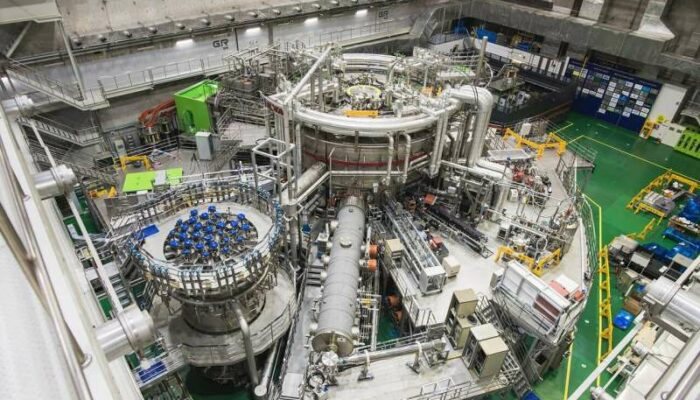 Korean tokamak the artificial sun sets the new world record of 20 sec long operation at 100 million degrees